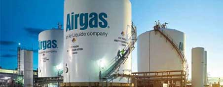 On-site bulk tanks, part of an Airgas air separation unit, one of our many supply modes for gases.