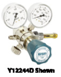 Airgas® Two Stage Brass 0-25 psi Analytical Cylinder Regulator With Needle Outlet CGA-580
